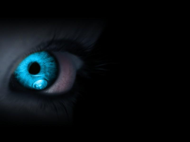 eyes_blue_eyelash_pupil_fear_10662_3840x2160 flipped